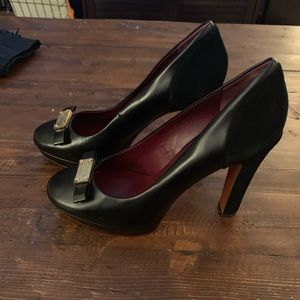 Marc By Marc Jacobs Logo Bow Pumps